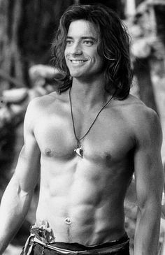 Why have we all forgotten how much of a hunk George of the Jungle was? Now I want to watch this movie again! (Click for more pictures on Buzzfeed)