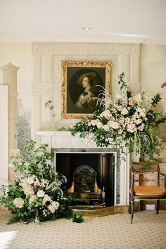 blush and peach floral fireplace Classic Wedding Flowers, Spring Wedding Flowers, Floral Wedding, Summer Wedding, Beautiful Flower Arrangements, Wedding Arrangements, Floral Arrangements, Wedding Mantle, Wedding Fireplace