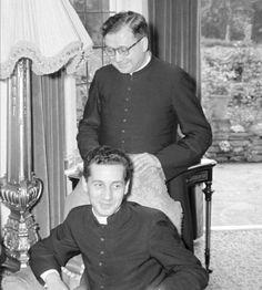 San Josemaría y don Javier Echevarría en Londres, 1958.