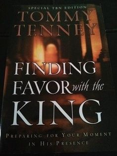 "Christian Book by Tommy Tenney ""Finding Favor with the King"""