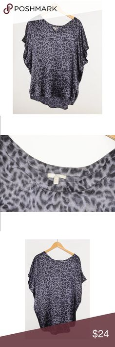 Joie 100% Silk Leopard Oversized Summer Blouse - M WHAT'S FOR SALE:Up for sale is a 100% authentic JOIE Blouse  SIZE:US Women's Size M Length - 28 inches Armpit to Armpit - 24 inches  MATERIALS: 100% Silk  CONDITION: Pre-owned and in good condition - no major flaws!  *BOX Covet # 2 Joie Tops Blouses