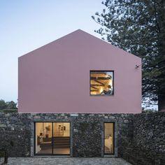 Mezzo Atelier, Fernando Guerra / FG+SG · Pink House