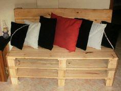 Mueble con paletas de madera