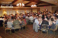 An elegant wedding banquet at the Evanston Golf Club. http://www.discjockey.org