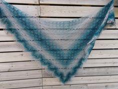 Lankaterapiaa: Haruni, osa 2 - Haruni shawl made of Schoppel-Wolle Lace Ball