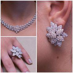 """On Tuesdays we shine… - Beautiful Jewelry Indian Jewelry Sets, Indian Wedding Jewelry, Bridal Jewelry, Gold Jewelry, Jewlery, Diamond Necklace Set, Gemstone Earrings, Couple Jewelry, Gold Bangles"