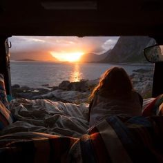 Camping Tips And Tricks For Great Outdoor Excursions. Camping is a delight to many! It is a wonderful pastime that can bring families and friends closer to nature and each other. Camping allows everyone on the Lofoten, Van Life, Adventure Awaits, Adventure Travel, Oh The Places You'll Go, Places To Visit, Poses Photo, Visit Norway, Disney California Adventure