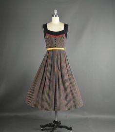 Vintage 1960s Dress full skirt stripe cotton