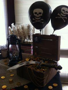 Detalhe Mesa, festa pirata.