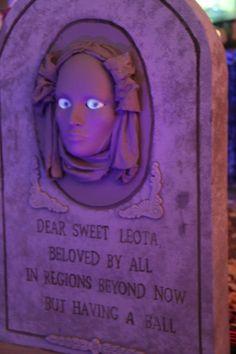 cemetery stone with glowing eyes Halloween Forum member