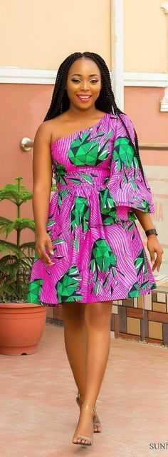 The complete pictures of latest ankara short gown styles of 2018 you've been searching for. These short ankara gown styles of 2018 are beautiful African Fashion Ankara, Ghanaian Fashion, African Inspired Fashion, African Print Fashion, Africa Fashion, African Dresses For Women, African Print Dresses, African Attire, African Wear