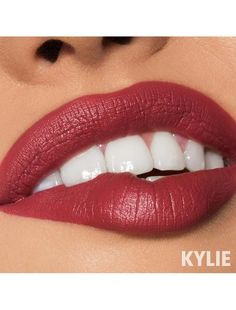 Shop velvet liquid lipstick from Kylie Cosmetics. This long wearing, ultra pigmented liquid lipstick contains moisturizing ingredients that glide on for a creamy matte look that does not dry down. Velvet Lipstick, Liquid Lipstick, Velvet Nails, Kylie Lipstick, Lipstick Art, Lipstick Colors, Lip Colors, Kylie Cosmetica, Kylie Jenner