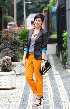 calça laranja