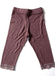 À vendre sur #vintedfrance ! http://www.vinted.fr/mode-enfants/shorts-et-pantalons/24033054-leggings-marron-dentelle-4-ans