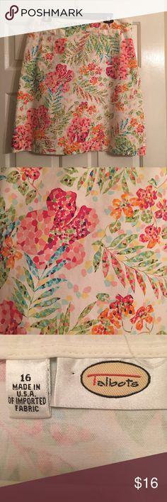 Talbots's skirt EUC Talbot's floral print skirt. Side zip. No holes, stains, etc. Talbots Skirts