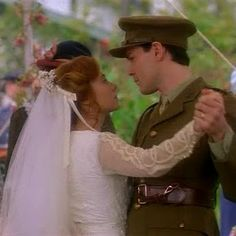 Anne Shirley & Gilbert Blythe. {Anne of Green Gables} I Love this picture right here!