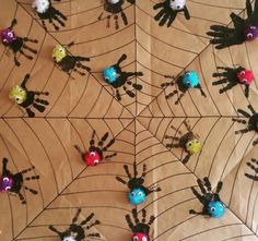 El baskısı örümcek Animal Crafts, Halloween, Kindergarten, Crafts For Kids, Preschool, Animals, Instagram, Worksheets, Art Children