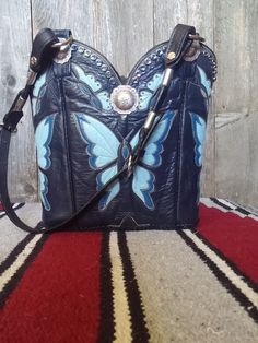 Peace wings cowboy boot purse with fringe. Made in USA by Diamond ...