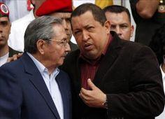 El presidente de Cuba, Raúl Castro, recibió la pasada medianoche en el aeropuerto de La Habana a su homólogo y aliado venezolano, Hugo Chávez, que ha regresado a isla para comenzar el tratamiento de radioterapia contra el cáncer. Ver más en: http://www.elpopular.com.ec/48146-raul-castro-recibio-a-chavez-en-su-llegada-a-cuba-para-iniciar-radioterapia-2.html?preview=true