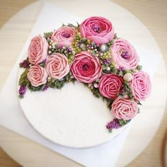 #baking #cake #flowercake #ricecake #decorating #cafe #minicake #rose #weddingcake #icing #flower #class #tips #tea #parties #decorating #sweet #앙금케잌 #앙금플라워 #앙금플라워케익 #플라워 #플라워케이크 #라이스케이크 #떡케이크 #앙금플라워떡케이크 #앙금플라워케이크 #클래스 #생일 #꽃 #케잌 #웨딩케잌