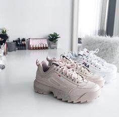 Fila Disruptor im beige-white/cream-weiß // Foto: inslopez |Instagram