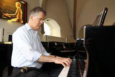David Harper, dipl. #Musiklehrer, #Musikfachverkäufer
