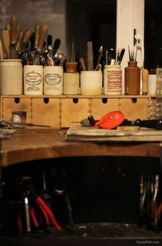 recipientes reciclados para meter herramientas