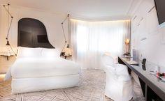 Hotel La Maison Champs Elysées se encuentra en el número 8, de la calle Jean Goujon, junto a los famosos Campos Elíseos de la ciudad. París.
