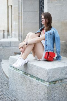 Jacky, Lace Jeans, White Converse, Outfit, Prepping, Style, Fashion, Tiffany Bracelets, Cool Bag