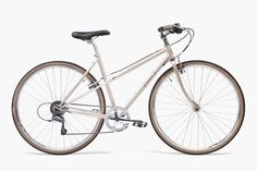 SHE DEVIL CHAMPALE Built with a step-through Mixte frame, the She Devil leaves an impression wherever she goes. The apex of fashion and function, she's a nimble, joyous workhouse that oozes style regardless of the pace. Who said riding a bike couldn't be easy and fun?