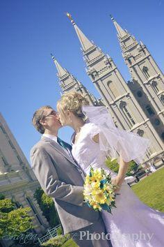 #LDSwedding #LDSbride #kiss #flowers #flowershower #weddingphoto #weddingphotography #weddinginspiration #reception #Templesquare #saltlakecity #beautifulbride 17.jpg