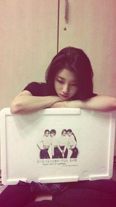 Suzy miss a hush Bae Suzy, Kpop Girl Groups, Kpop Girls, Creative Self Portraits, Miss A Suzy, I Love You Girl, Park Min Young, Its A Mans World, Sistar