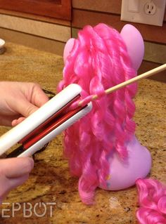 EPBOT: How To Fix Frizzy Doll Hair - Perfect for Ponies! I'm gonna do this for my collectable one
