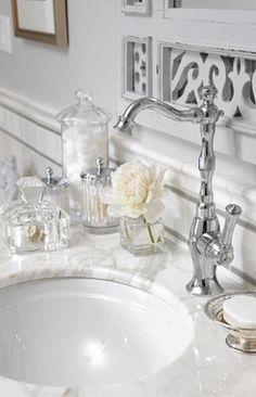 Bathroom Counter set-up: Sarah 101 - Season Finale