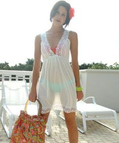 Miami Bloggers Show Off Their Summer Musts: Ginger Harris Of Electric Blogarella
