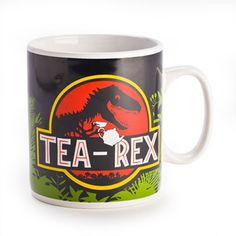 Trex / dinosaur and tea lovers will be amazed at this huge mug. Perfect for drinking tea or holding pens on your desk.