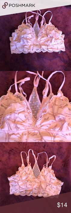 Aerie pale pink lace bralette Pretty lace bralette by Aerie. I've worn this twice, it just doesn't fit my well. aerie Intimates & Sleepwear Bras