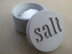 Salt Pot_Kreteware