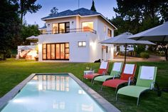 Hyde Park, Style At Home, City Break, Lodges, Villas, Mansions, House Styles, Outdoor Decor, Dream Houses