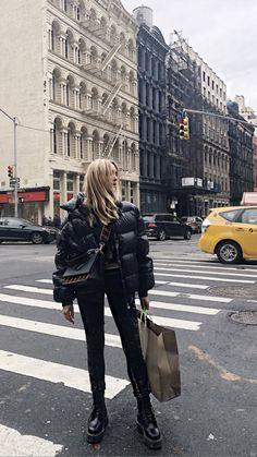 Estilo Fashion, Look Fashion, Ideias Fashion, Fall Fashion, Urban Fashion, Fashion Edgy, Vintage Fashion, Doc Martens Outfit, Doc Martens Style