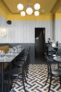 ceiling accent color detail #restaurantdesign