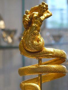 Gold armbands Greek 200 BCE