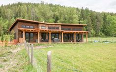This stunning property is perfect for entertaining. #masterpieceproperty #fernie #fernierealestatecoltd