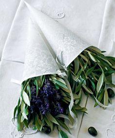 Une déco DIY et slowlife pour un mariage / Slowlife wedding : DIY ideas with greenery -  Marie Claire Idées