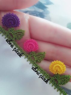 Crochet Crafts, Crochet Projects, Tatting, Phulkari Embroidery, Loom Patterns, Chrochet, Crochet Flowers, Crochet Earrings, Sewing