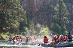 Daily Water Fight. Flaming Gorge, Green River Rafting