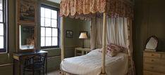 Fournier Street Bedroom 1