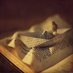republicx:  Miniature fairy tales by Fiddle Oak  #paper #boats #creative #art