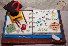 Foto: Torta laurea matematica - Pensieri in Festa
