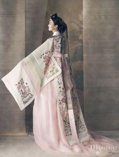 modern hanbok | Tumblr                                                                                                                                                                                 More